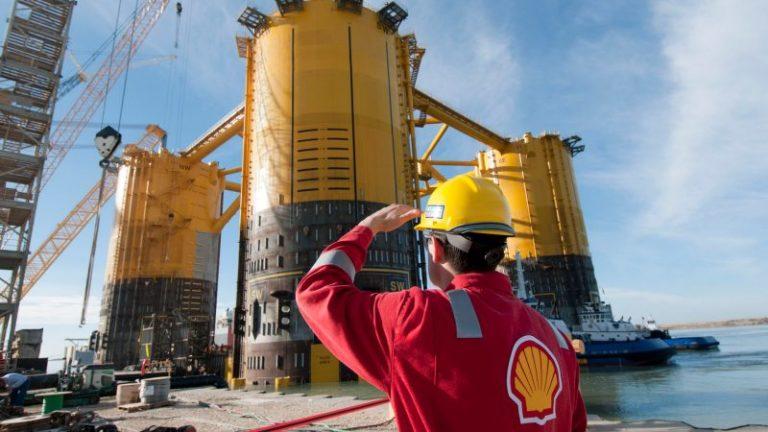 Shell profits soar as oil sector makes comeback