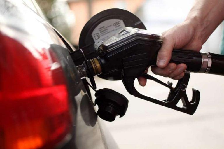US States sue Trump administration over fuel economy fines
