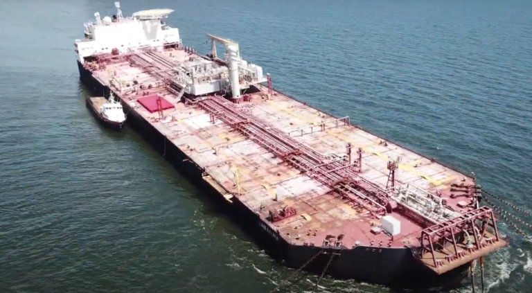Venezuela state oil company plans to offload crude from vessel under threat of sinking near T&T