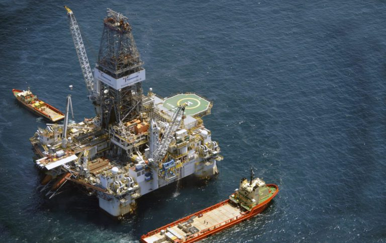 Crude oil prices continue to climb