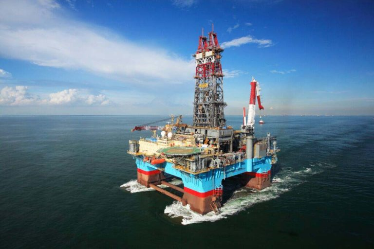 Maersk Discoverer en route to Guyana for 85-day drill campaign at Corentyne block